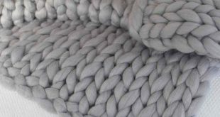 Chunky blanket /  Valentine's Day Gift / Merino wool blanket / Chunky knit blanket / Knit blanket /