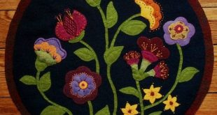 "Wool applique PATTERN &/or KIT ""Jacobean Flowers"" table runner penny rug hand dyed rug hooking wool felt primitive felted wool quilt block"
