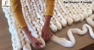 (4) How to Hand Knit a Merino Wool Blanket - YouTube