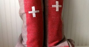 95 dollars- Pair of Swiss Army wool blankets