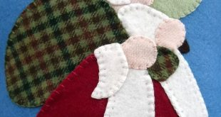 Applique Santa Pillow Christmas Wool Felt  This is cute would make a wonderful p...