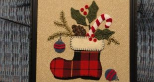 I combined two patterns to make this Christmas wool applique.