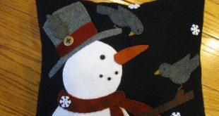 Primitive Wool Applique Christmas Snowman and Bird Friends Pillow