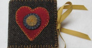Wool Applique | Wool Applique Needlebook - Quilt With Us