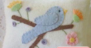 Wool Felt Appliqued Pillow Bluebird & Flower Penny Rug Mini Shelf Pillow