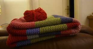 merino knitted blanket and makes