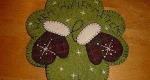 penny rug woolen mittens                                                        ...