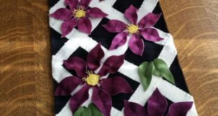 Climbing Clematis Wool Applique Table Runner Pattern CPD-170