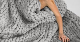 Extra soft and extra warm 100% merino wool blankets.  21 microns merino wool   T...