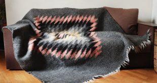 Wool throw/Wool blanket/Weighted blanket/Chunky knit blanket/Merino wool blanket/Queen bedspread/Wool blanket queen/Natural wool blanket