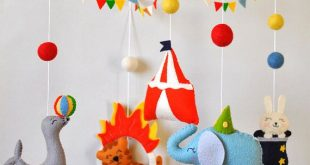 Baby mobile Circus Animals cot mobile Elephant mobile Boy Girl Nursery decor Circus baby shower gift Crib hanging mobile