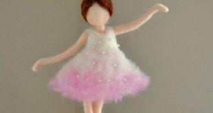 Ballerina Ornament Needle Felted wool ornament : Ballerina in pink