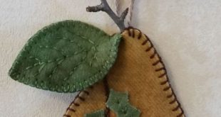 Christmas Pear Wool Applique Ornament