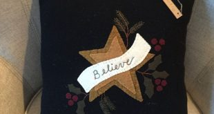 Primitive Folk Art Christmas Believe Star with Holly and Pine Boughs Wool Applique / Penny Rug Pillow