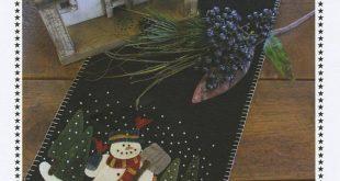 Snowman for Hire - Table Runner pattern- Primitive Gatherings by Lisa Bongean -Primitive, Wool Applique, precut friendly #522