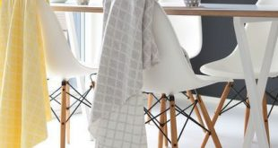 Can you ever really have too many wool blankets? Love this Nordic minimal design...