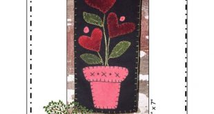 "Forget Me Not - Skinnies - complete kit with wool felt and pattern - Front Porch Quilts - Finished size 3.5"" x 7"" - Wall Hanging"
