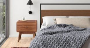 """Gracie Oaks Pinkley Pure Australian Chunky Knit Wool Blanket Size: 80"""" W x 90"""" L, Color: Alloy"""