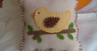 Primitive Wool Spring Bird On Branch Pincushion Mini Pillow Penny Rug. $22.00, v...