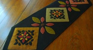 Primitive rug hooking wool applique table runner quilt block redware Amish color...