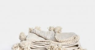 Wool Blanket Natural Stripe With Tassels