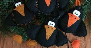 Wool Felt Crow Ornament Hanger Color Choice