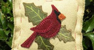 Wool cardinal ornament