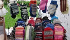 felted wool sweater projects | Mittens from recycled felted wool sweaters - JUNK...