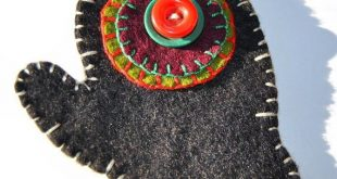 Antique Wool Penny Rugs | ... Penny Rug Ornament, Vintage Buttons, Wool Folk Pri...