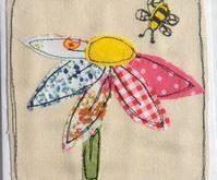 Applique flower and bee #applique