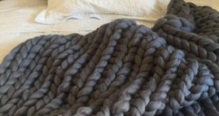 Arm knit blanket Chunky knit blanket Giant knit blanket Merino wool blanket Wool...