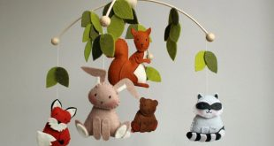 Baby mobile, woodland mobile, forest animal mobile, wool felt mobile, forest creatures mobile, raccoon, squirrel, bear, bunny, fox