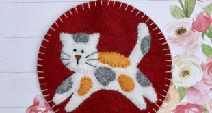 Calico Cat Ornament /Magnet, Wool Felt, Cat, Kitty, Kitten, Hanging Decoration, Christmas, Applique, Handmade