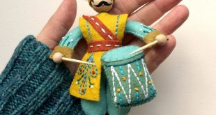 Drummer Drumming PDF pattern for a hand sewn wool felt ornament