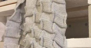 Einen Schal im Waffelmuster stricken, das ist einmal etwas ganz anderes, aber se...