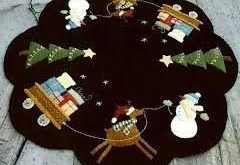 Image result for small christmas tree skirt patterns wool applique