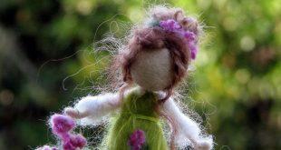Muñeca de fieltro adorno aguja Waldorf de invierno muñeca inspirado muñeca primavera muñeca muñeca temporada Felted muñeca niños decoración de la habitación Montessori