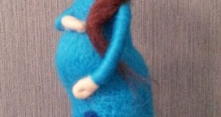 Needle felted Pregnant doll, mother's day gift, baby shower gift decor, Waldorf, custom doll handmade, nursery decor, soft sculpture