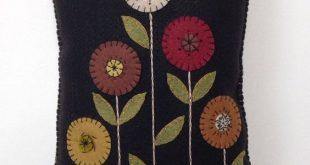 Penny Rug Flower Appliqued Pillow Wool Felt Pillow Fall Pillow ofg faap Pri  Pen...