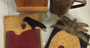 Primitive Mug Rugs wool appliqué kit