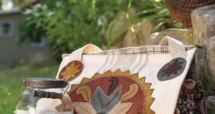 Seasons of Wool Applique Folk Art: Celebrate Americana with 12 Projects to Stitch