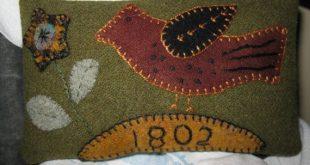 Wool Applique Folk Art Pillow by tillysfarmhouse on Etsy, $25.00