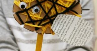 Yarn Wrapped Bees ~ Simple Bug Crafts for Kids Not that long ago we made adorabl... -  #adora...